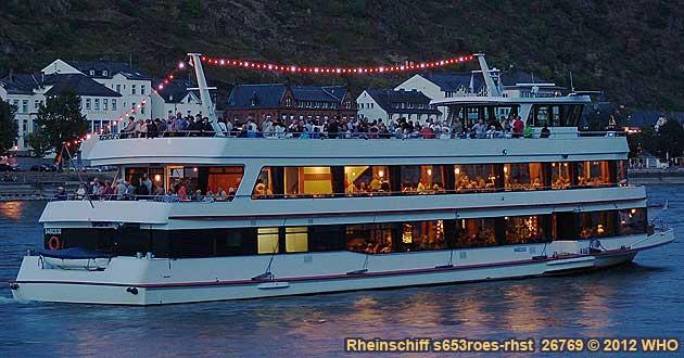 Rheinschifffahrt zum Mittelrhein-Lichter Feuerwerk beim Goldenen Weinherbst und Federweißenfest